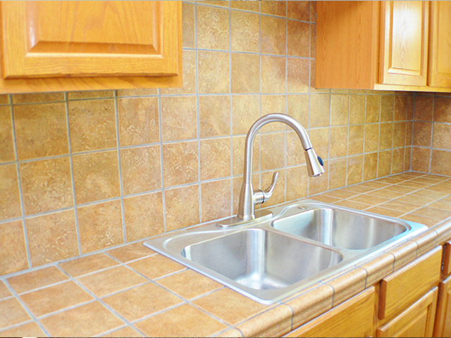tile kitchen counters