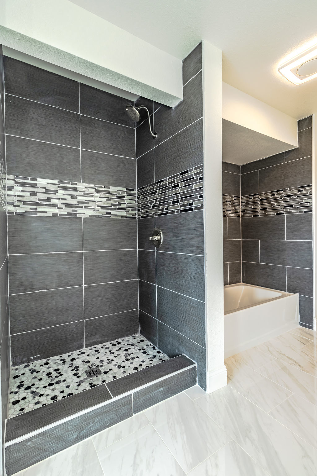 Apple Valley property photo of master bathroom with walk-in shower and tub