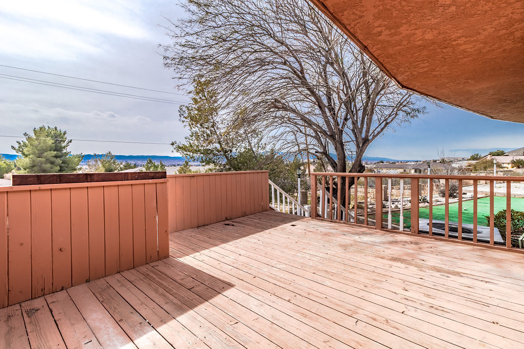 Apple Valley property exterior photo of balcony overlooking view